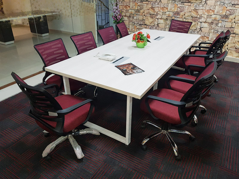 Meeting Room Tables Manufacturers